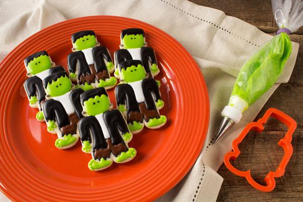 Frankenstein-Cookies-www.thebearfootbaker.com_
