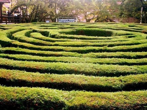 labirinto-verde-nova-petropolis-03-585x438